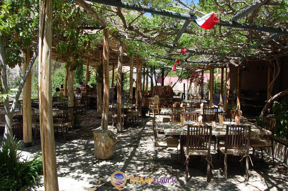 restaurante destileria mistral, pisco elqui, valle del elqui