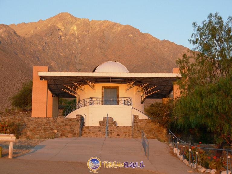 observatorio mamalluca atardecer valle del elqui 1