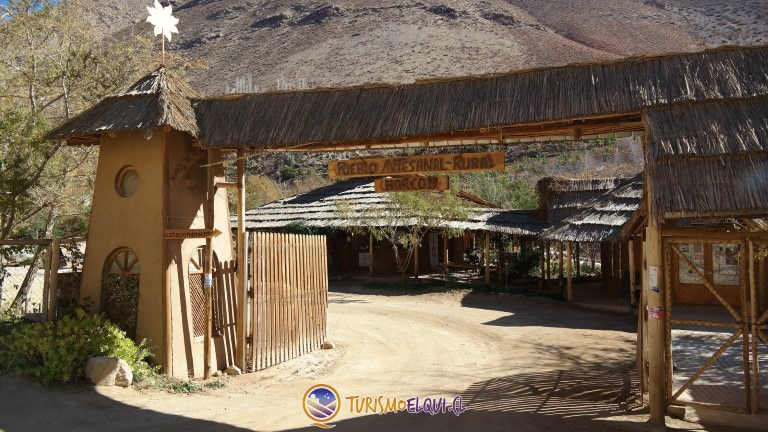 pueblo artesanal de horcon valle del elqui 1