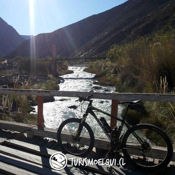 bajada bicicleta valle del elqui vicuna 3